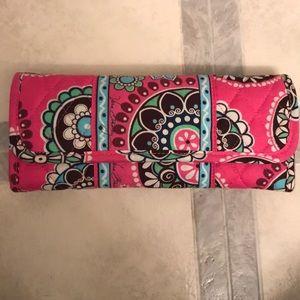 Vera Bradley Sleek Wallet. NWT.